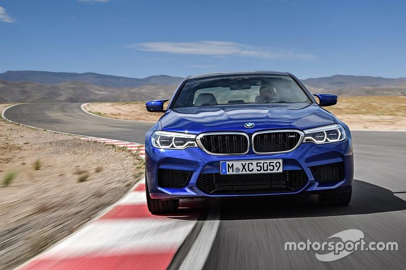 Новий BMW M5