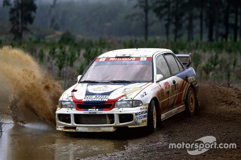 Tommi Mäkinen, con un Mitsubishi Lancer Evo3 en el Rally de Australia 1996