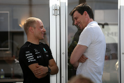 Valtteri Bottas, Mercedes AMG F1 and Toto Wolff, Mercedes AMG F1 Director of Motorsport