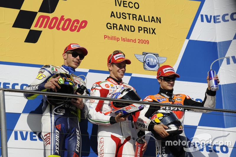 Podyum: ikinci sıra Valentino Rossi, Yamaha; Yarış galibi Casey Stoner, Ducati; üçüncü sıra Dani Pedrosa, Repsol Honda