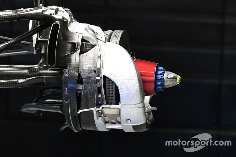 Williams FW40 disc brake detail