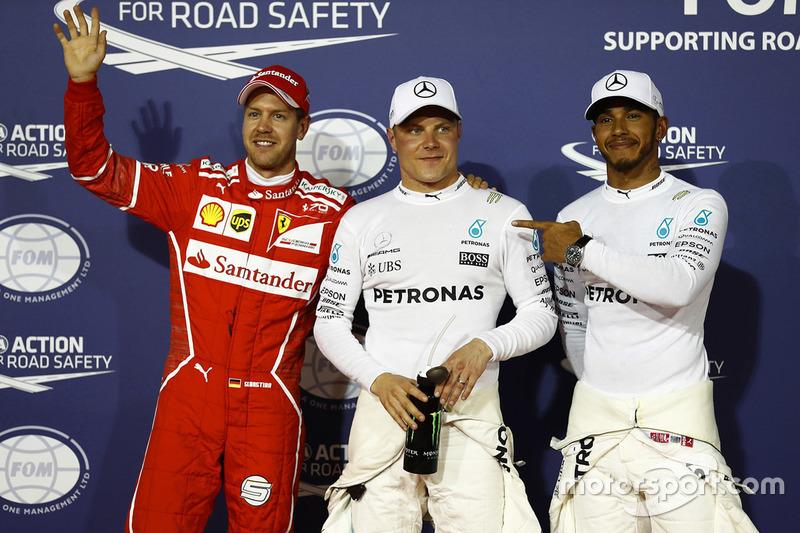 Sebastian Vettel ficou com a terceira colocação.