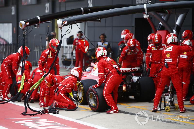 Себастьян Феттель, Ferrari SF70H, після піт-стопу