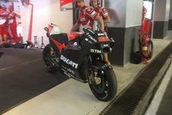 Jorge Lorenzo, Ducati Team con la nuova carena