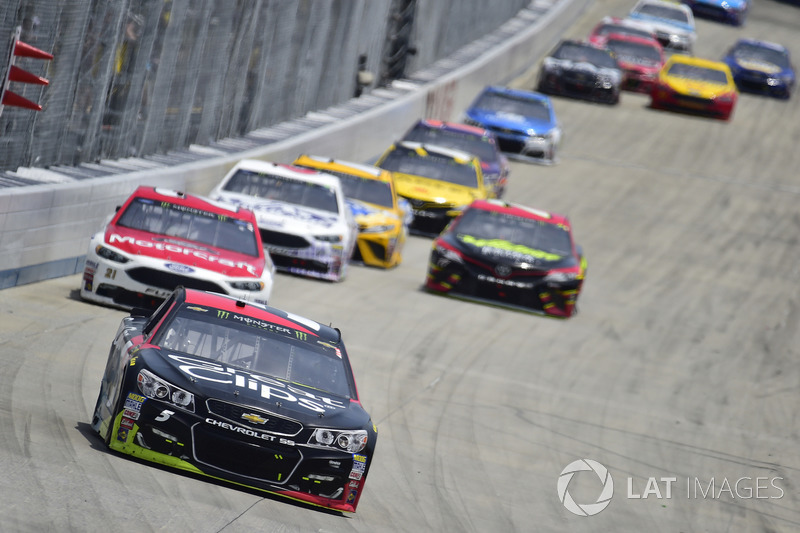 Kasey Kahne, Hendrick Motorsports, Chevrolet; Ryan Blaney, Wood Brothers Racing, Ford