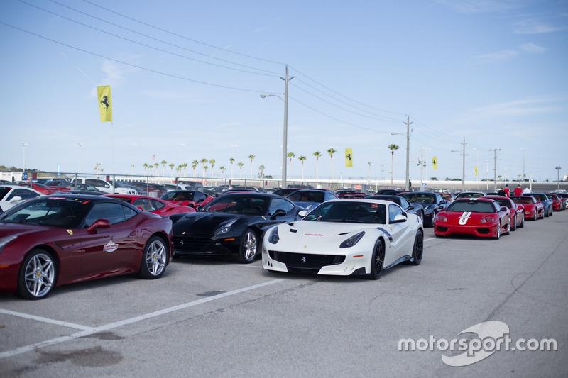 Ferrari para el desfile