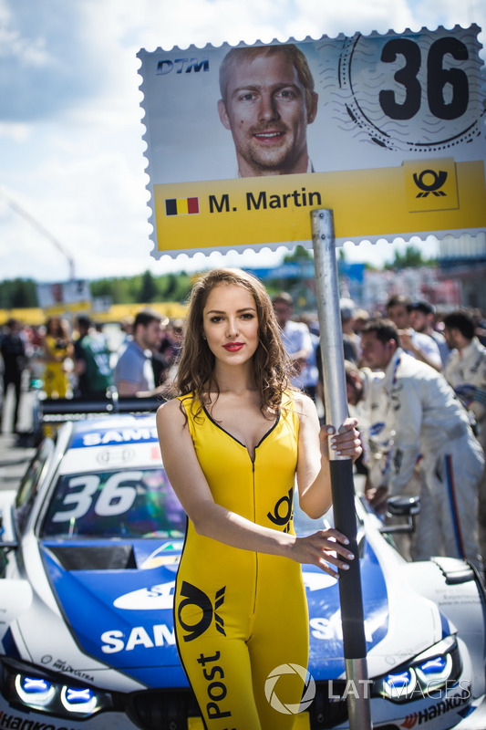 Grid girl of Maxime Martin, BMW Team RBM, BMW M4 DTM
