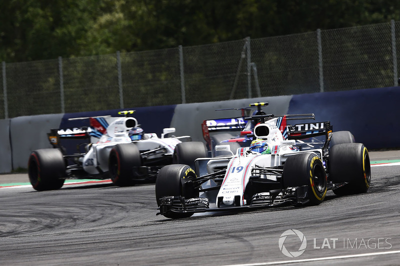 Felipe Massa, Williams FW40, Carlos Sainz Jr., Scuderia Scuderia Toro Rosso STR12, Lance Stroll, Williams FW40