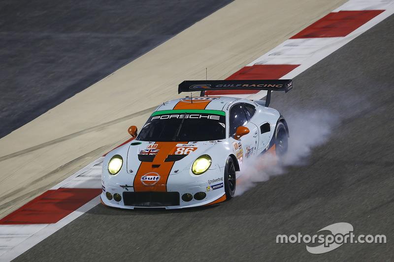 4. LMGTE-Am: #86 Gulf Racing, Porsche 911 RSR: Michael Wainwright, Adam Carroll, Ben Barker