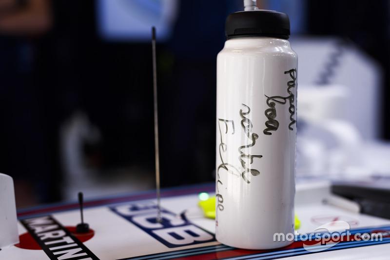 Drink bottle of Felipe Massa, Williams