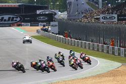 Start: Maverick Viñales, Yamaha Factory Racing, führt