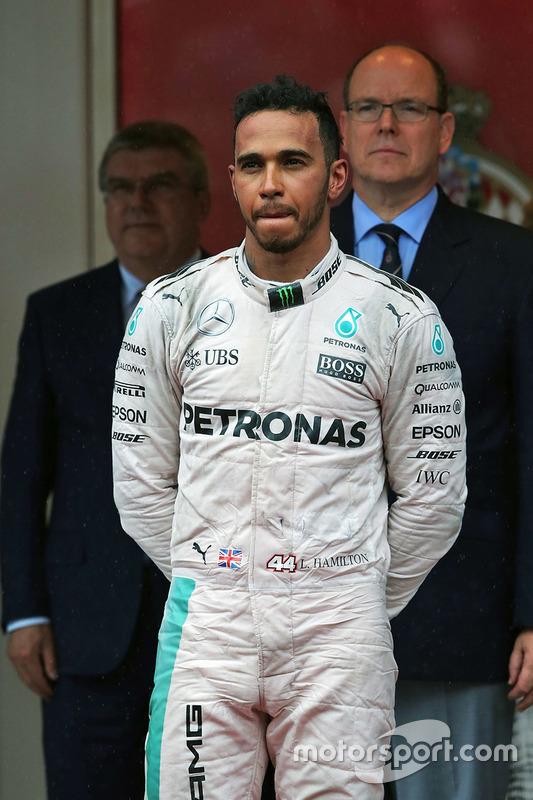 Podium: Sieger Lewis Hamilton, Mercedes AMG F1