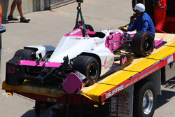 Pippa Mann, Dale Coyne Racing Honda crashed car