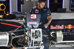 Підвіска Red Bull Racing RB12