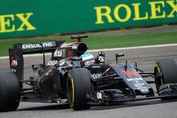 Fernando Alonso, McLaren MP4-31 fans