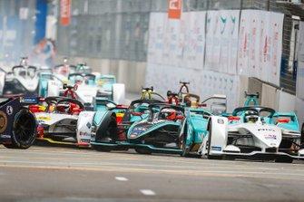 Tom Dillmann, NIO Formula E Team, NIO Sport 004 Mitch Evans, Panasonic Jaguar Racing, Jaguar I-Type 3