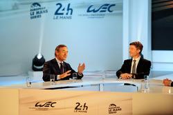 Präsident der FIA Endurance Commission Lindsay Owen-Jones, Moderator Bruno Vandestick