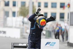Winner Alexander Albon, DAMS