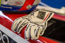 Tristan Gommendy gloves