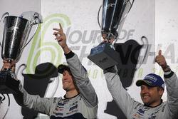 Podio GTE Pro: i vincitori Andy Priaulx, Ford Chip Ganassi Racing, Harry Tincknell, Ford Chip Ganassi Racing