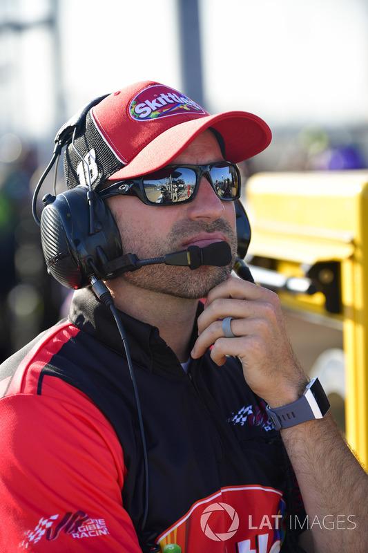 Kyle Busch, Joe Gibbs Racing, Toyota Camry Skittles Red White & Blue, Adam Stevens