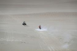 #55 HT Rally Raid Husqvarna Racing: Walter Nosiglia Jager, #278 Yamaha: Giovanni Enrico