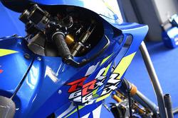 Detalle del carenado de la moto de Alex Rins, Team Suzuki MotoGP