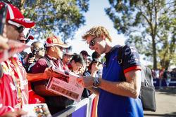 Brendon Hartley, Toro Rosso, rencontre des fans
