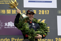 Podium: Race winner Dan Ticktum, Motopark with VEB, Dallara Volkswagen