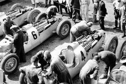 Bernd Rosemeyer, Auto Union Type C, Achille Varzi, Auto Union Type C, Rudolf Hasse, Auto Union Type C