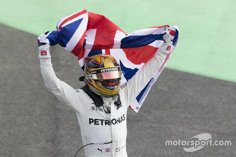 Lewis Hamilton, Mercedes-Benz F1 W08 campeón del mundo