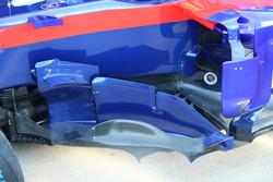 Toro Rosso STR13 side pods