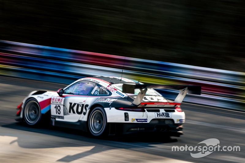 #18 KÜS Team75 Bernhard Porsche GT3 R: Jörg Bergmeister, Matteo Cairoli