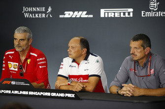 Maurizio Arrivabene, Team Principal, Ferrari, Frederic Vasseur, Team Principal, Sauber, and Guenther Steiner, Team Principal, Haas F1, in the Friday press conference