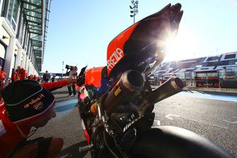 Akrapovic-Auspuff an der Ducati Panigale R