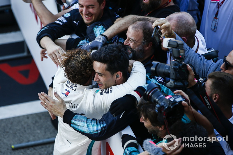 Lewis Hamilton, Mercedes AMG F1, célèbre sa victoire