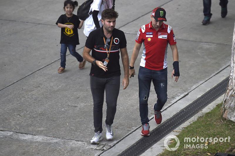 Jorge Lorenzo, Ducati Team, no podrá correr en Sepang por la lesión en su mano derecha