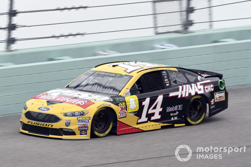 26. Clint Bowyer, Stewart-Haas Racing, Ford Fusion Rush Truck Centers/Haas Automation VF1