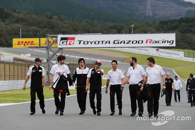 Sébastien Buemi, Kazuki Nakajima, Fernando Alonso, Toyota Gazoo Racing