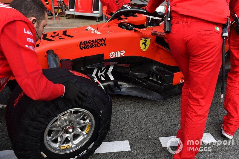 Sebastian Vettel, Ferrari SF90 barge boards detail