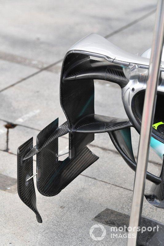 Mercedes AMG F1 W10 parçaları