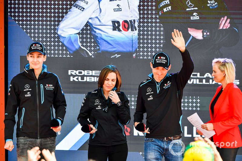George Russell, Williams, Claire Williams directora de Williams Racing y Robert Kubica, en el evento en la Federation Square