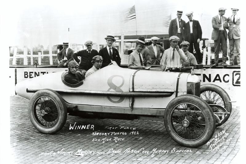 Le vainqueur Jimmy Murphy, Duesenberg