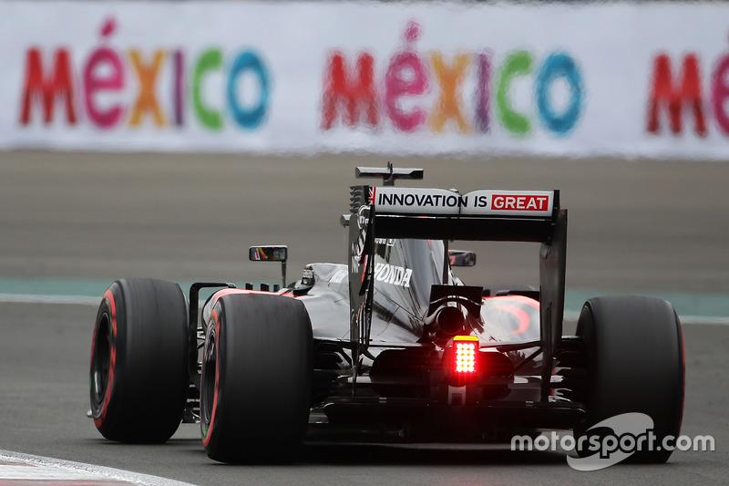 13. Jenson Button, McLaren MP4-31