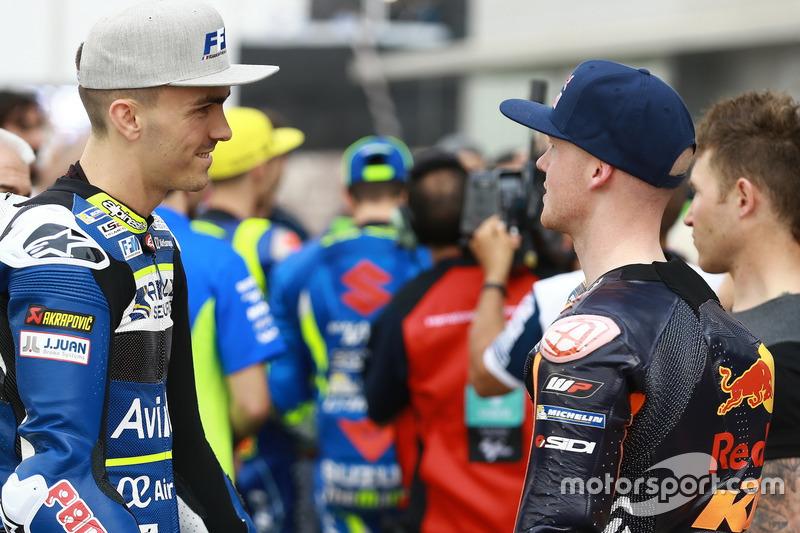 Loris Baz, Avintia Racing; Bradley Smith; Red Bull KTM Factory Racing