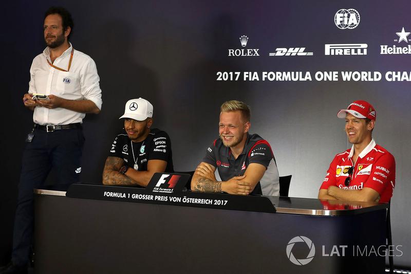 Matteo Bonciani, FIA, Lewis Hamilton, Mercedes AMG F1, Kevin Magnussen, Haas F1 Team und Sebastian Vettel, Ferrari