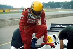 Первые тесты Сенны в Ф1 за рулем Williams FW08C: Айртон Сенна