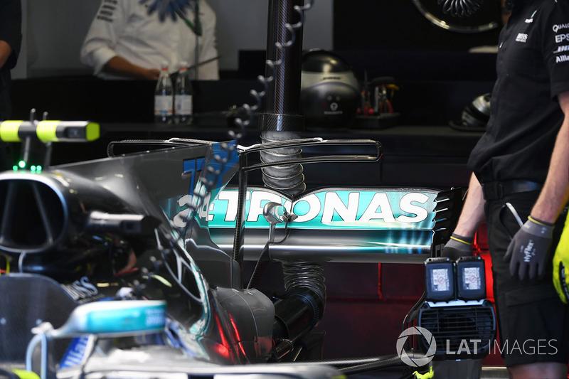 Заднє антикрило Mercedes-Benz F1 W08 Hybrid