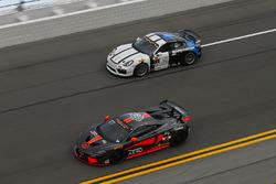 #77 Compass360 Racing, McLaren GT4: Matthew Keegan, Nico Rondet