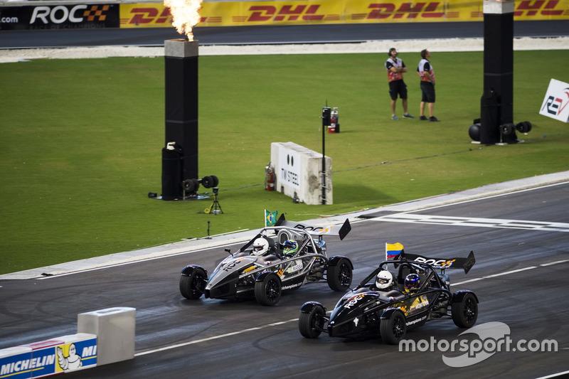 Juan Pablo Montoya, en Felipe Massa, in de Ariel Atom Cup